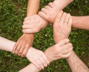 Kraft, Lebensweisheit und Gottvertrauen kann man einander weitergeben.