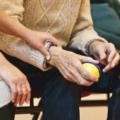 Sich nahe sein: In Solidarität zwischen Alt und Jung